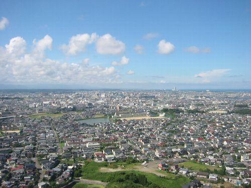 故郷、宮崎: 宮崎空港上空から宮崎市内方面